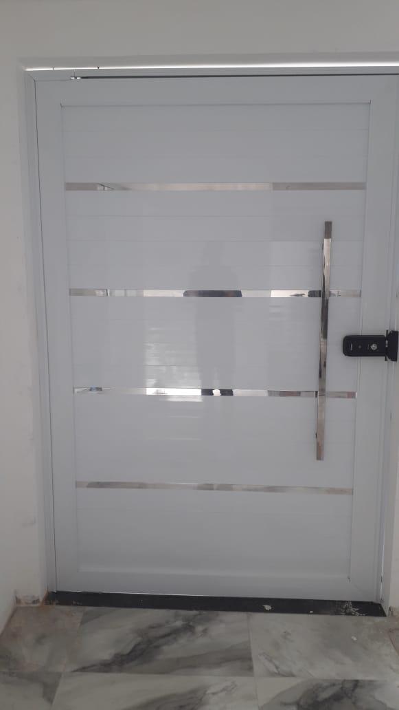 Porta de entrada linha 30